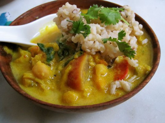 Coconut curry with brown jasmine rice blend