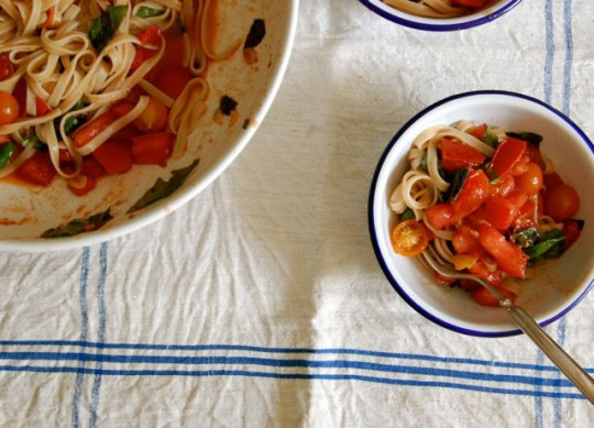 G-free Friday with Martha Stewart- Fresh tomato brown rice fettucini