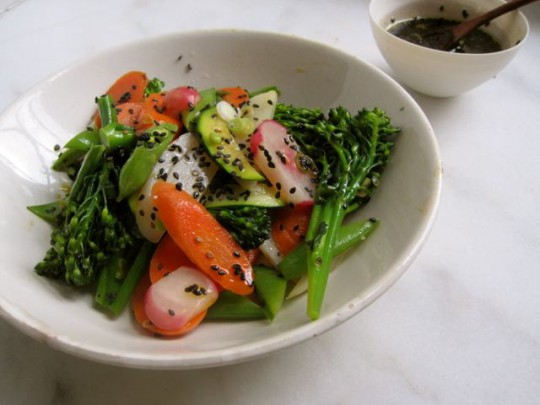 Steamed vegetable salad with black sesame flax dressing