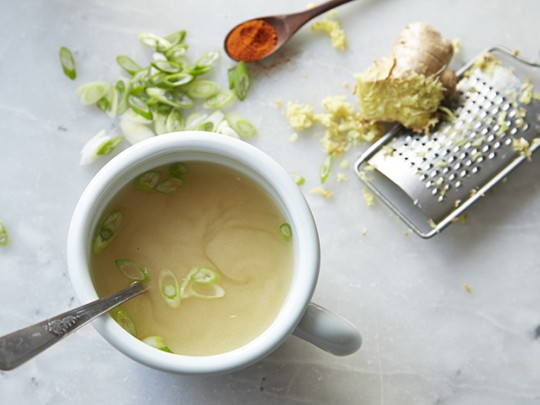 Virtually instant miso soup
