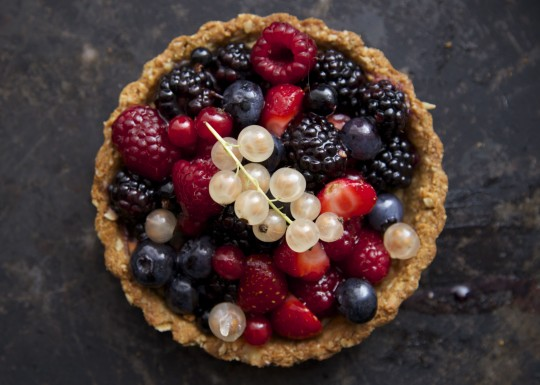 Dairy, sugar and gluten-free berry tartlets