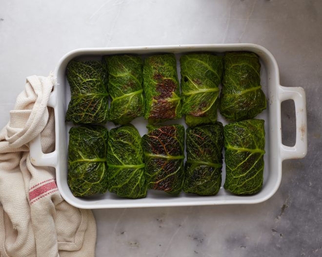 FESTIVE GREEN CABBAGE ROLLS